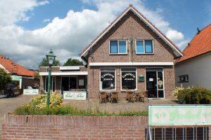 Cafetaria / Café met zaal, Dorpstraat 13 in 7587AA de Lutte